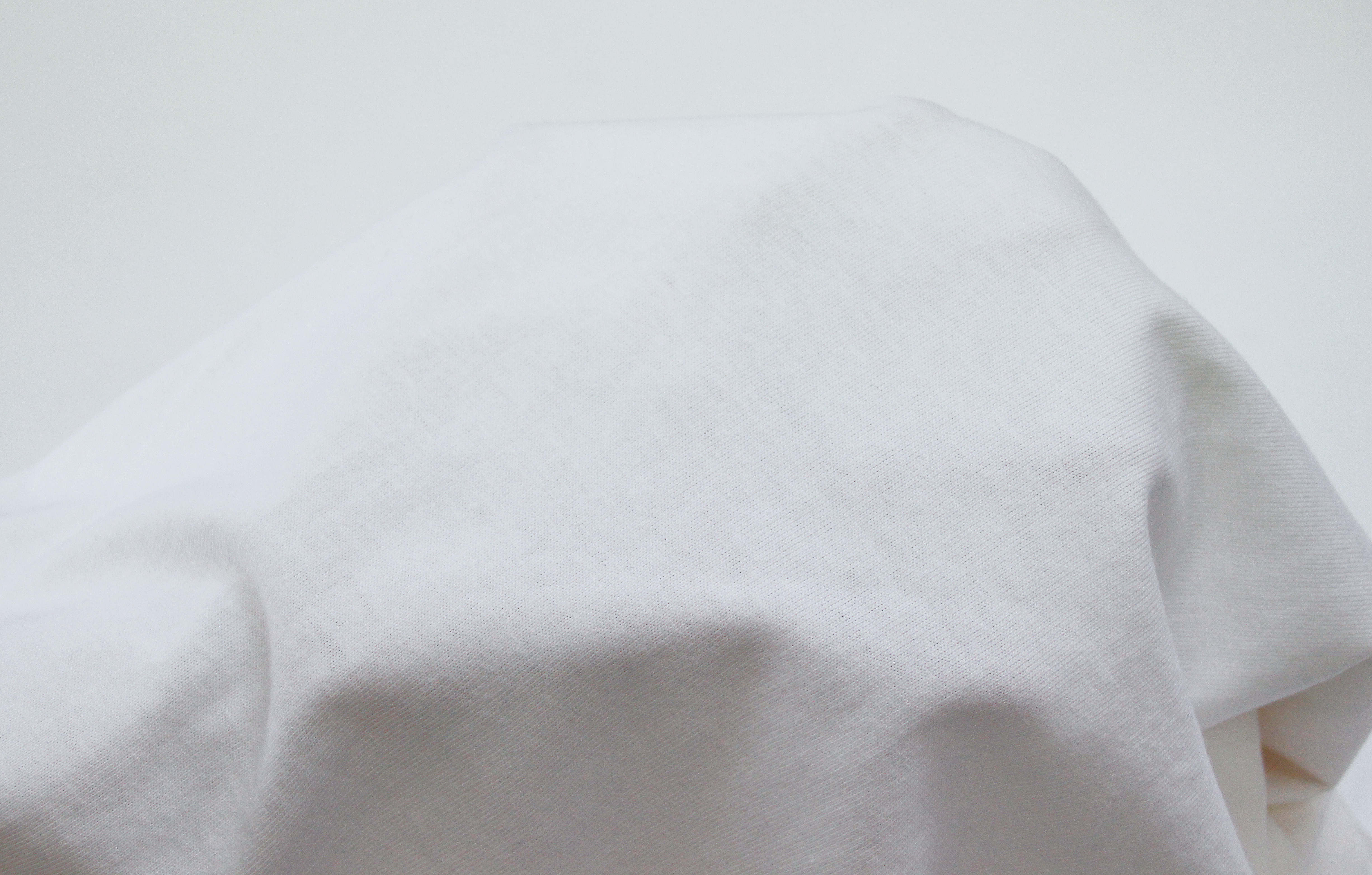 5.6ozの厚手Tシャツ