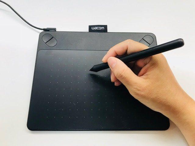 8、ペンタブレットでイラストを描く感覚で刺繍データが作れます。